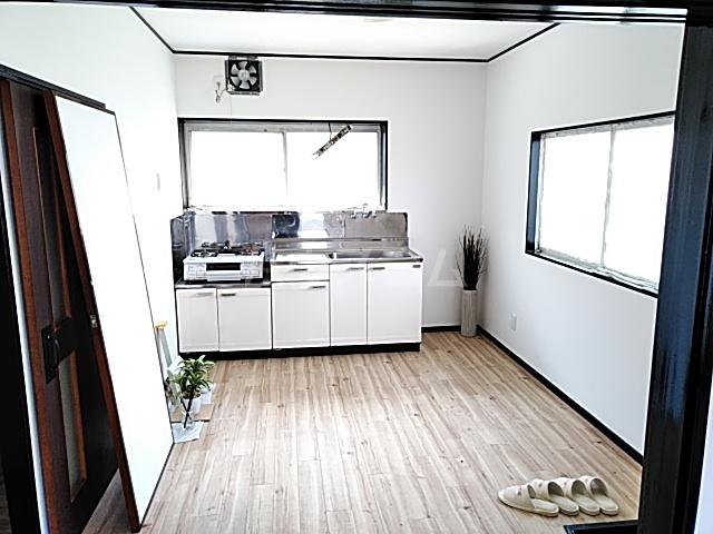 エヌズハウスⅡ 202号室のキッチン
