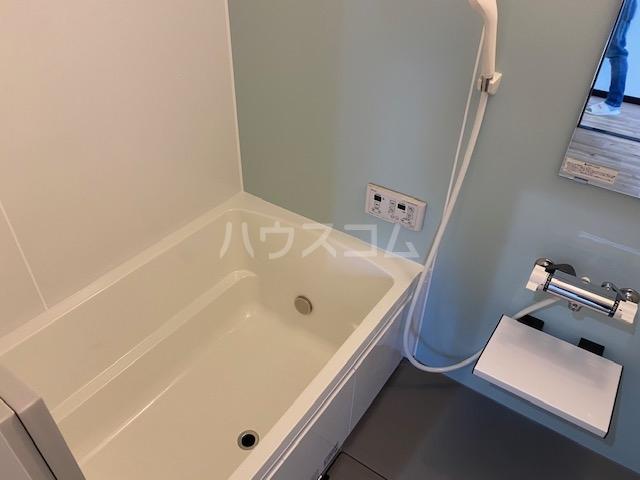 エヌズハウスⅡ 202号室の風呂
