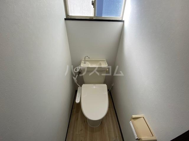 エヌズハウスⅡ 202号室のトイレ