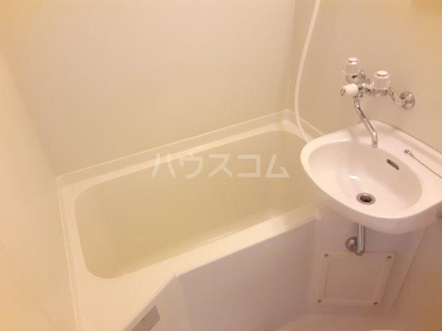 コーポ平成 306号室の風呂
