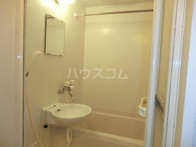 レオパレスシャルマン北浦 103号室のトイレ