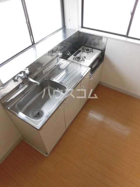 第2ハイツ 205号室のキッチン