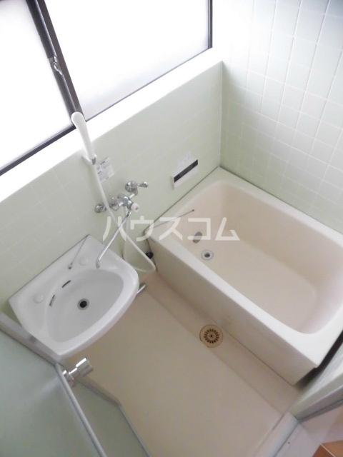 第2ハイツ 205号室の風呂