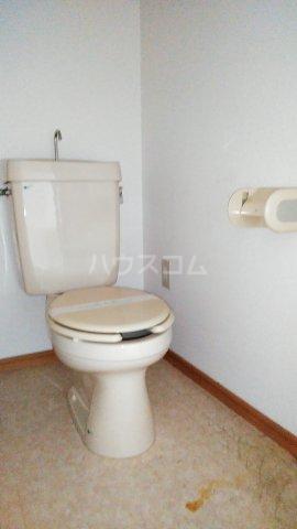 アネックス中川C 110号室のトイレ