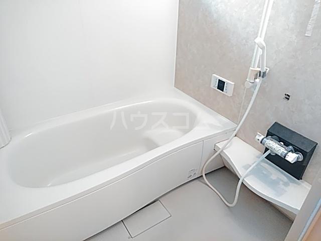 セジュールブリエ 201号室の風呂