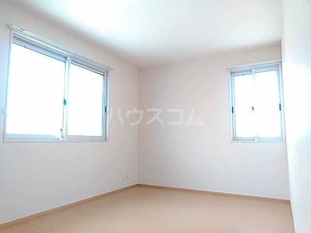 セジュールブリエ 201号室のベッドルーム