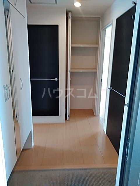 マジェスティックアン Ⅰ 302号室の玄関