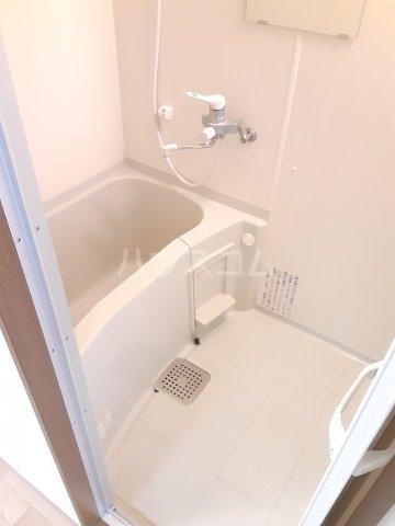 キャピタルミサト 106号室の風呂