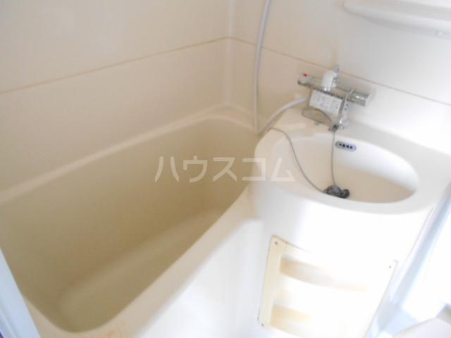 第28長栄四条SKハイツ 401号室の風呂