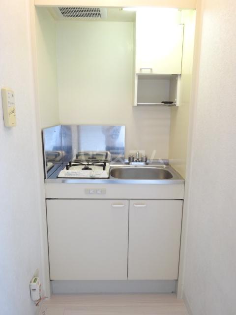 あすなろハイツ 303号室のキッチン