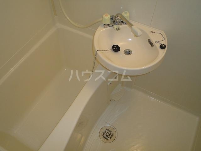 一谷ハイツ 1-3号室の洗面所