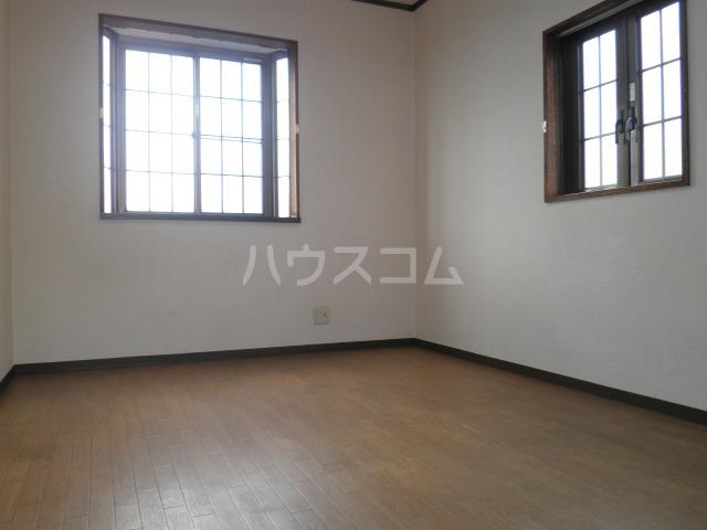 池上コーポ 201号室の居室