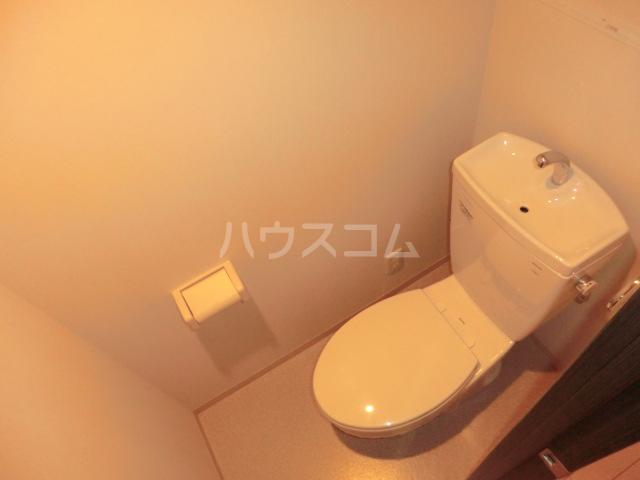 エミネンスコート 207号室のトイレ