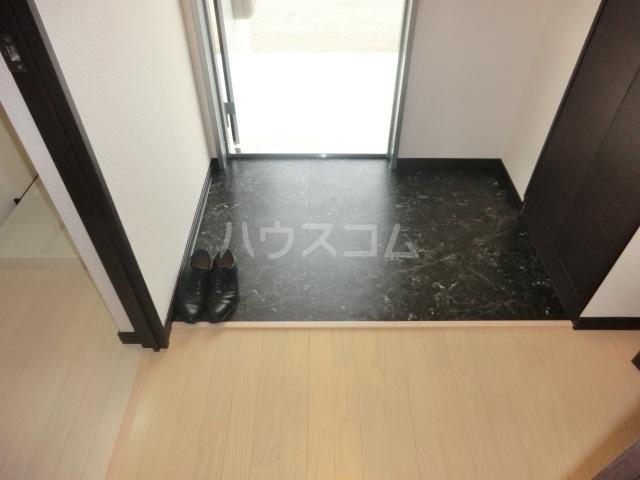 アニマリートセグンド 202号室の玄関