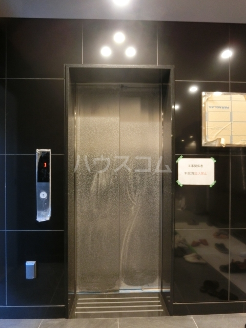 アステリ鶴舞エーナ 205号室のエントランス