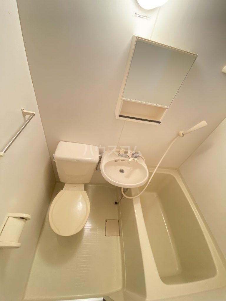 ペガサス西棟 108号室の風呂