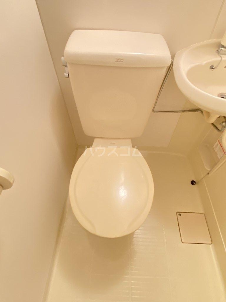 ペガサス西棟 108号室のトイレ