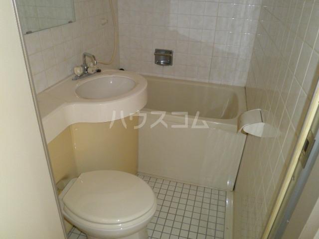 サンライズ日宝 305号室の風呂
