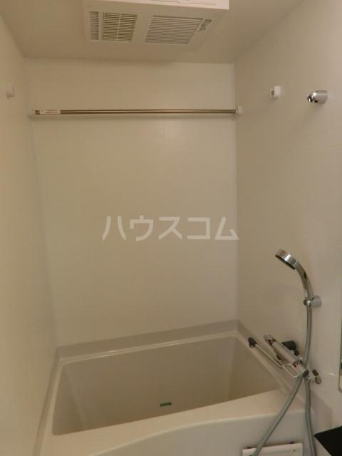 アステリ鶴舞エーナ 206号室の風呂