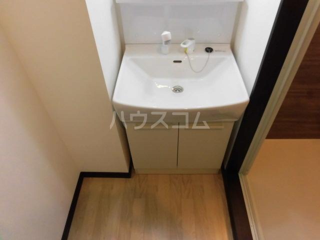 グランフェリーチェ船橋 701号室の洗面所