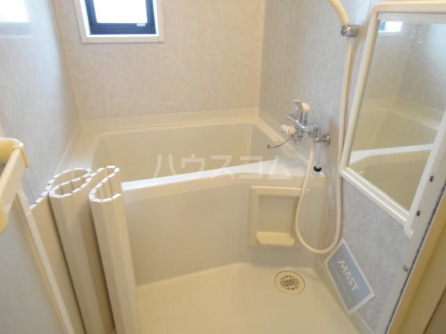 リバーサイド忠岡 C202号室の風呂