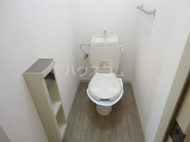 リバーサイド忠岡 C202号室のトイレ
