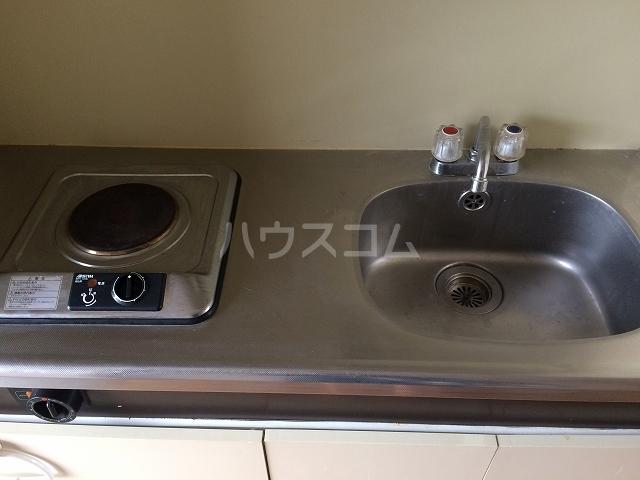 サンシャイン富士パート1 102号室のキッチン