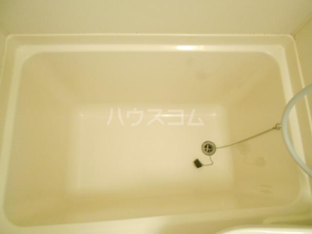 セシール太秦 201号室の風呂