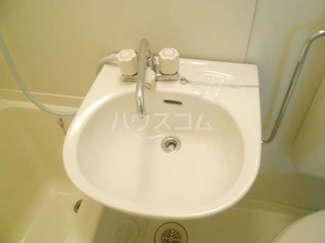 セシール太秦 201号室の洗面所