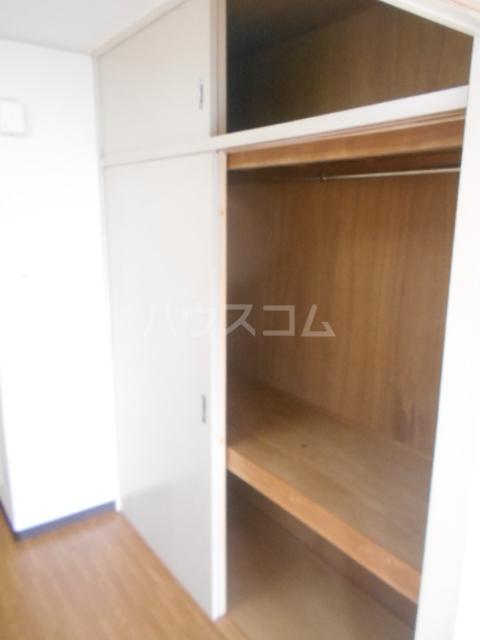 セシール太秦 201号室の収納