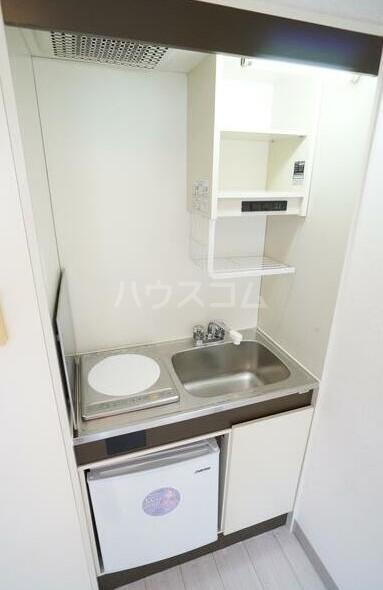 扶桑ハイツ池袋 205号室のキッチン