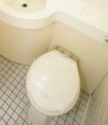 扶桑ハイツ池袋 205号室のトイレ