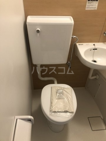 グラシアテラス 高田馬場 A-1号室のトイレ