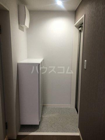 グラシアテラス 高田馬場 A-1号室の玄関
