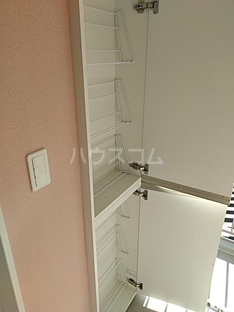 ユナイト桜ベルーガ 103号室の収納
