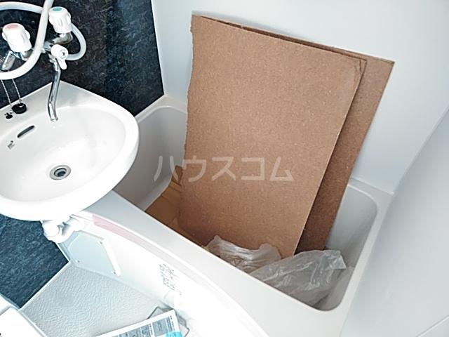 ユナイト桜ベルーガ 103号室の風呂
