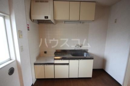 サンパレス松丸 202号室のキッチン