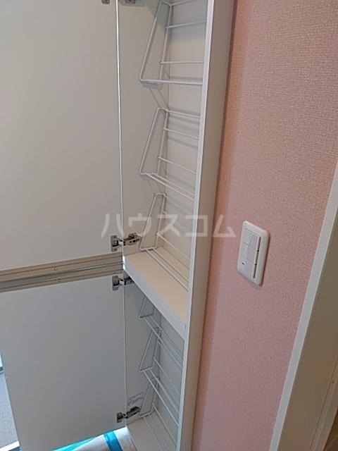 ユナイト桜本オブライエン 101号室の収納