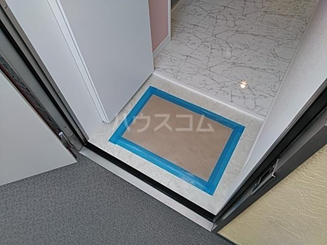 ユナイト桜本オブライエン 101号室の玄関