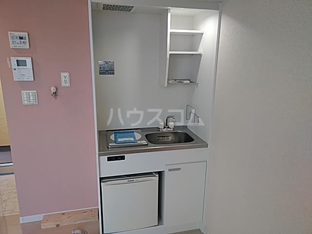 ユナイト桜本オブライエン 106号室のキッチン