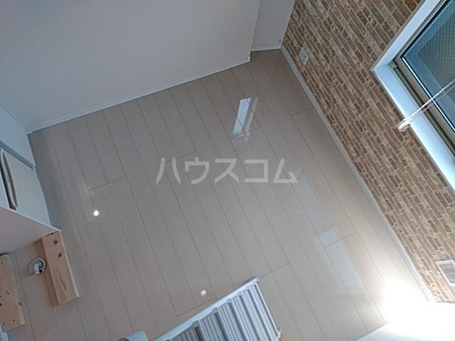ユナイト桜本オブライエン 106号室のリビング