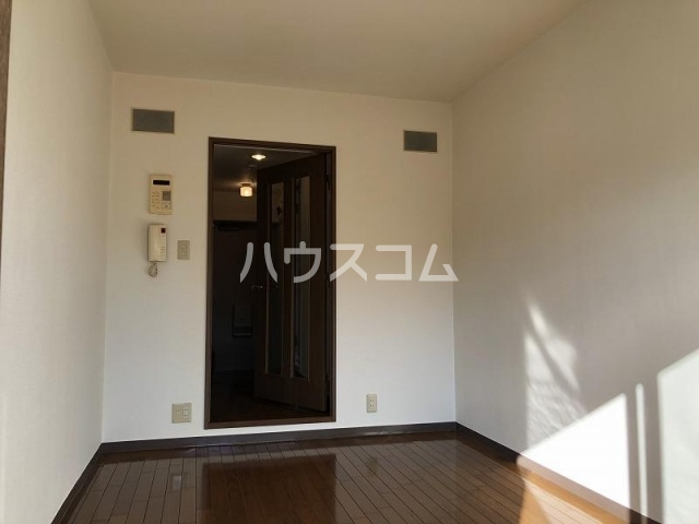 クリオ北松戸壱番館 103号室のリビング