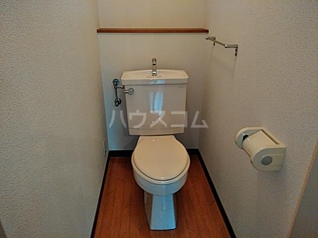 フェーデしらとり台A 201号室のトイレ