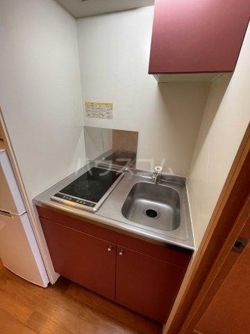 レオパレスちばな 107号室のキッチン