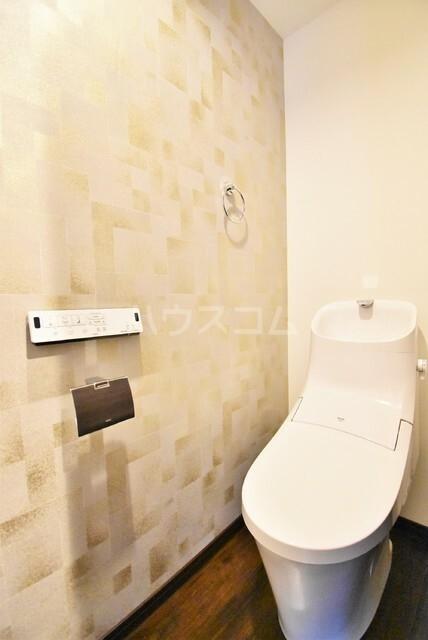 ミリアーデ覚王山 101号室のトイレ