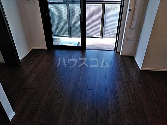 SS.Advance横濱末吉町 303号室のリビング