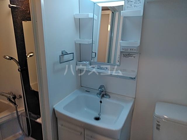 SS.Advance横濱末吉町 303号室の洗面所