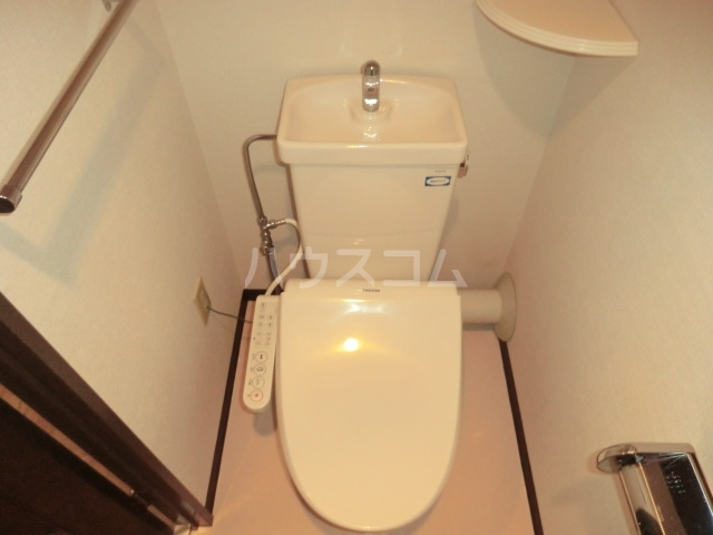 ダイアパレス三日市 103号室のトイレ