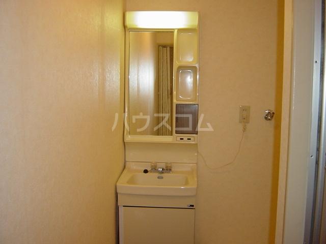 ニューハイツ雅 00201号室の風呂
