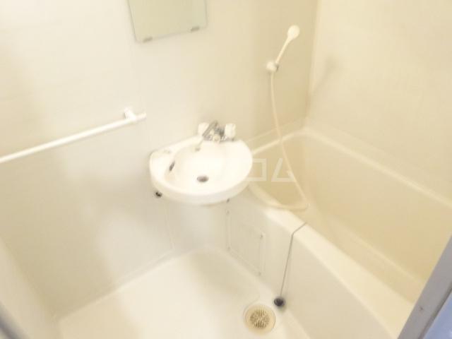 サンシティフジト B203号室の風呂